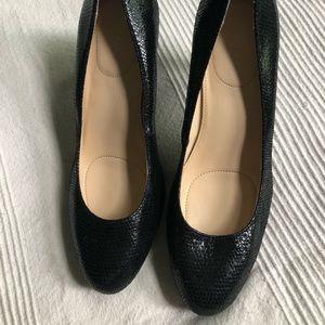 Black snake skin heels 👠
